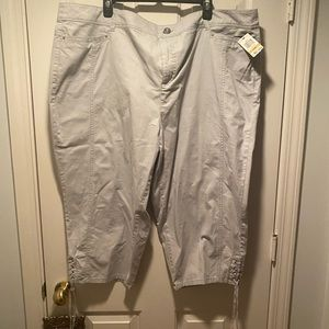 Style & Co - New with tags Gray crop pants size 24
